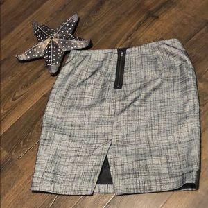 Tahari• Skirt